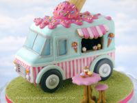 Themaworkshop Gingerbread Ice Cream Truck in Almere (NL)