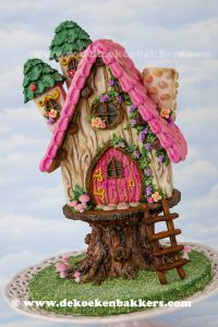 Themaworkshop Gingerbread Fairy House in Voorburg (NL)