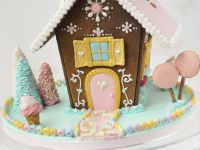 Hansl & Gretle Gingerbread House