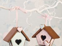3D Gingerbread Birdhouses
